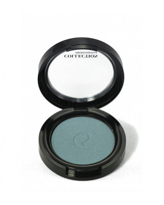 Εφαρμόστε τη σκιά ματιών στο βλέφαρο χρησιμοποιώντας το πινέλο n.102. Για πιο έντονο αποτέλεσμα, εφαρμόστε τη σκιά ματιών χρησιμοποιώντας ένα βρεγμένο πινέλο. Ολοκληρώστε την εφαρμογή, με το Pencil Khol.