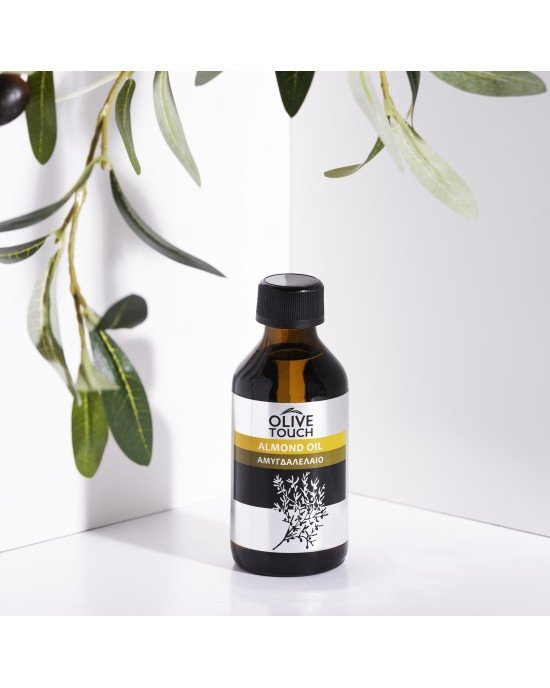 Το αμυγδαλέλαιο περιέχει βιταμίνες Α, Ε, Β1, Β2, Β6, Κ, ιχνοστοιχεία, όπως ασβέστιο, χλώριο, μαγνήσιο και φώσφορο.Κατάλληλο για ενυδάτωση προσώπου, σώματος και για ντεμακιγιάζ προσώπου. Τρέφει και τονώνει τις βλεφαρίδες. Χρησιμοποιείται σαν φορέας αιθέριω