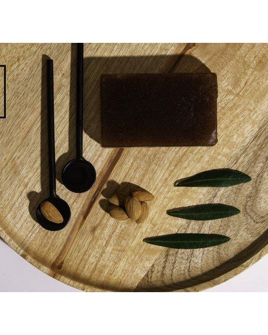 Πακέτo προσφοράς 4+1 δώρο Χειροποίητο Σαπούνι Απολέπισης Aντικυτταριτιδικό.Χειροποίητο σαπούνι απολέπισης & αντικυτταριτιδικό με φύκια, κόκκους jojoba & εκχυλίσματα ruscus, centella asiatica και ιπποκάστανου απομακρύνει τα νεκρά κύτταρα, αυξάνει τ